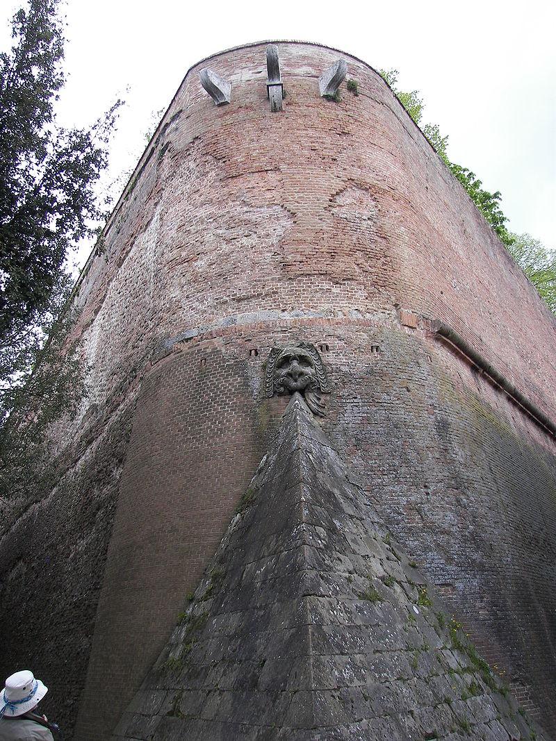 Walls of Siena 4.jpg
