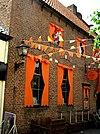 foto van Huis met gevel met rechte kroonlijst