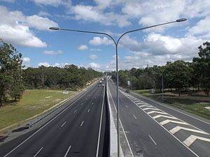 Wembly Road crossing Logan Motorway west.jpg