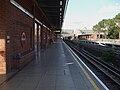 West Ham stn Jubilee westbound look north.JPG