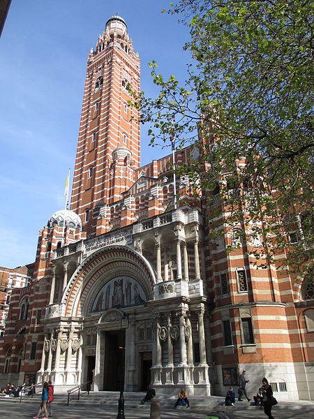 Ofbyld:Westminster Cathedral from the west.jpg