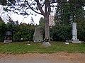 Wiener Zentralfriedhof - Gruppe 32 C - Farkas, Himalaya 1969, Wotruba.jpg