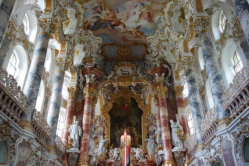 Chor mit Hochaltar der Wieskirche, Gemeinde Steingaden Ortsteil Wies