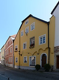 Wohnhaus Lederergasse 23 (Passau) a.jpg