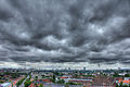 Wolken über Hamburg von der Mundsburg (HDR).jpg