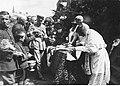 Wręczenie sztandaru 19 Pułkowi Ułanów Wołyńskich im. Edmunda Różyckiego (22-281-1).jpg