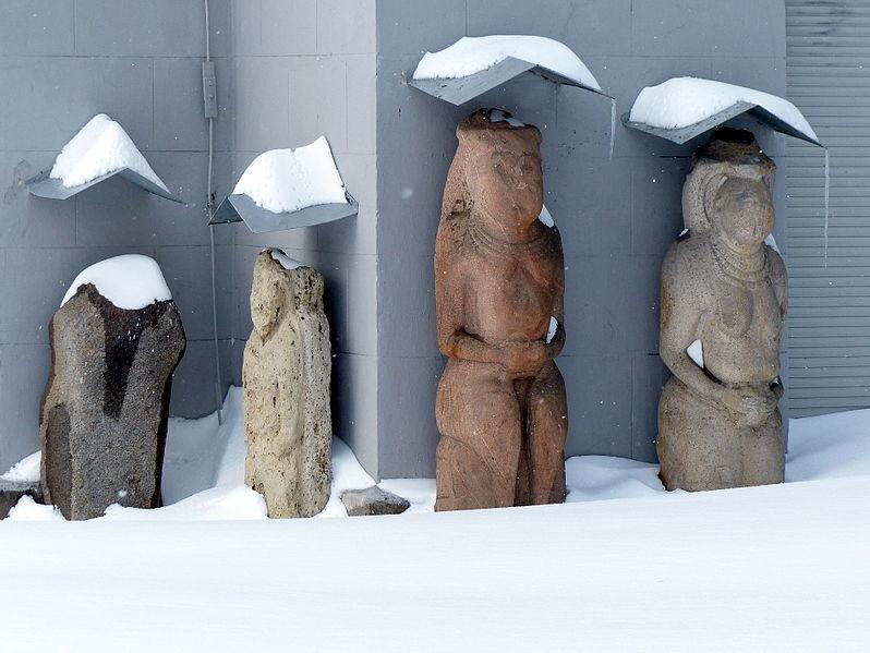 File:Історичний музей взимку.JPG