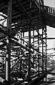 Гигантская деревянная горка в центре города (16246244832).jpg