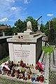 Гробниця в якій похована Запольська Г.jpg