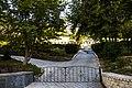 Оборонний мур навколо Дальніх та Ближніх печер.jpg