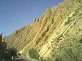 منظر جميل لجبل في ورزازات.jpg