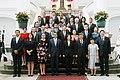 10.03 總統與「宏都拉斯共和國葉南德茲(Juan Orlando Hernández)總統伉儷來訪團員合影 (29454810293).jpg