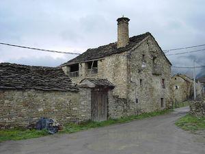 Casa rural wikipedia la enciclopedia libre - Casas de piedra gallegas ...
