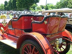 Tonneau - 1910 Buick side-entrance tonneau without tonneau cover