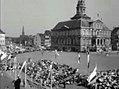 1955 Maastricht Heiligdomsvaartprocessie, Polygoonjournaalclip 05.jpg