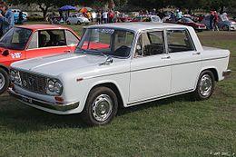 https://upload.wikimedia.org/wikipedia/commons/thumb/6/65/1963_Lancia_Fulvia_CTE_-_fvl-1_%284637733760%29.jpg/260px-1963_Lancia_Fulvia_CTE_-_fvl-1_%284637733760%29.jpg