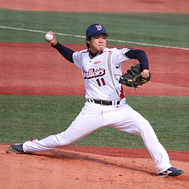 20100403 Yoshinori Sato, pitcher of the Tokyo Yakult Swallows, at Yokohama Stadium.JPG