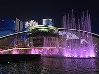 20180310杭州大剧院音乐喷泉表演.jpg