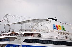 AIDAblu in Rostock, 2012 2.jpg