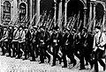 A Vörös Gárda Péterváron 1917-ben.jpg