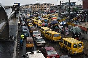 Una vista di Ojuelegba Under bridge, Yaba, Lagos-Nigeria.jpg