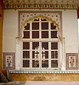 A window in Amber Fort, Jaipur.jpg