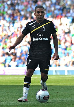 Aaron Lennon Brighton v Spurs Amex Opening 30711 2 (cropped).jpg