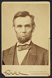 Abraham Lincoln, head-and-shoulders portrait, facing front LCCN2002725260.jpg