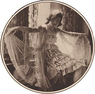 Adele Astaire - Astaire in costume for The Passing Show of 1918