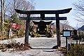 Agematsu Shinto-Schrein Torii.jpg