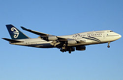 Air New Zealand Boeing 747-400 final.jpg