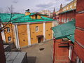Alexandrovsky Garden - Upper Garden, guard quarters, view from Troitsky bridge (2015) by shakko 02.jpg