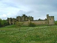 Alnwick Castle - geograph.org.uk - 95582.jpg