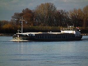 Alwa 1 Frachtschiff auf dem Rhein.JPG