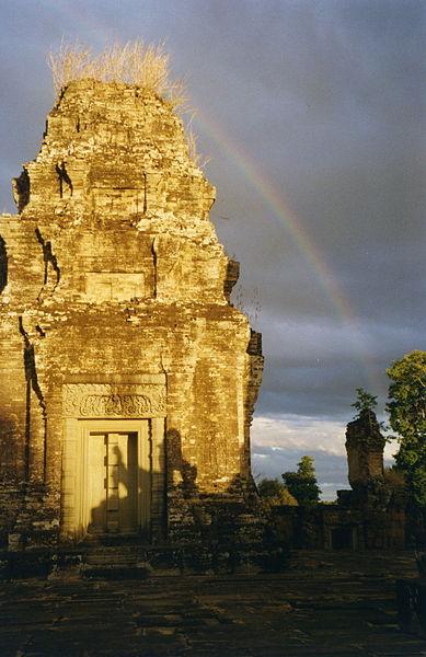 File:Angkor, Eastern Mebon (6198881272).jpg