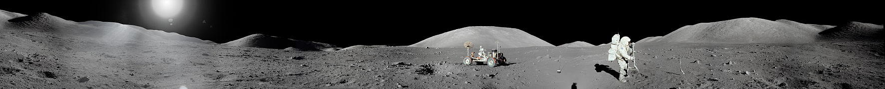 Apollo 17 Moon Panorama.jpg
