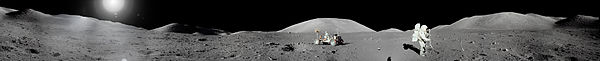 Apollo 17 Moon Panorama.jpg