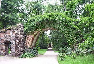 Szymon Bogumił Zug - Romanticist stone arch in the garden of Arkadia
