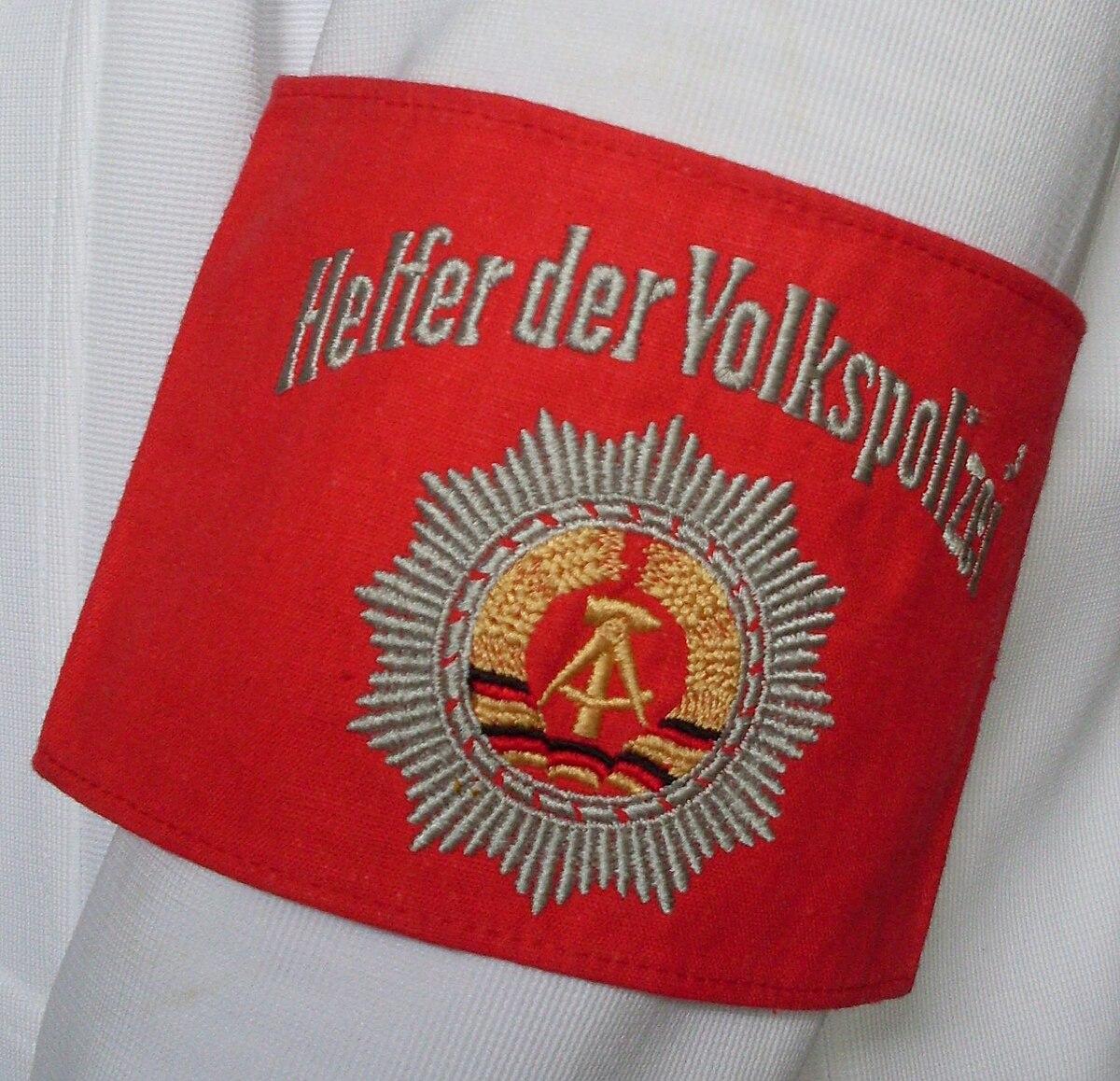 Freiwillige Helfer der Volkspolizei – Wikipedia