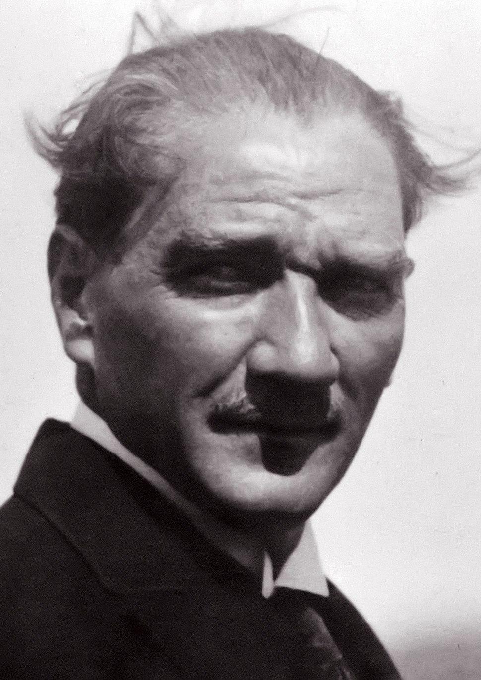 Atatürk 23 Eylül 1925'te Reşit Paşa Gemisi'nde