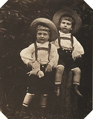 Friedrich Christian, Margrave of Meissen -  Friedrich Christian (right) and his brother George on a photograph by August Kotzsch in 1900