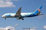 B-2725 Boeing 787 China Southern (14787174752).jpg