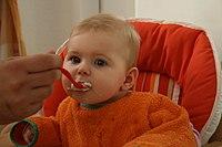La nutrizione naturale di un bambino
