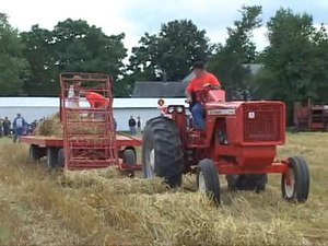 File:Bale Loader for the Allis-Chalmers Rotobaler.ogv