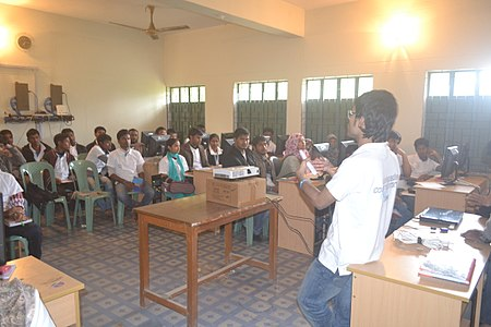 Bangla Wikipedia Workshop at Carmichael College (33).jpg