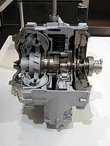 Bauma 2007 ZF Getriebe 2.jpg