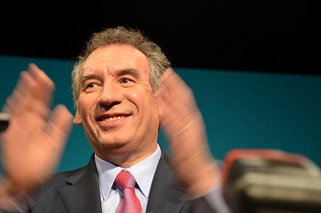 Le deuxième gouvernement Philippe sans Bayrou: de l'abus du mot «crise»