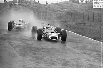 Matra MS11 - Image: Beltoise and Stewart at 1968 Dutch Grand Prix