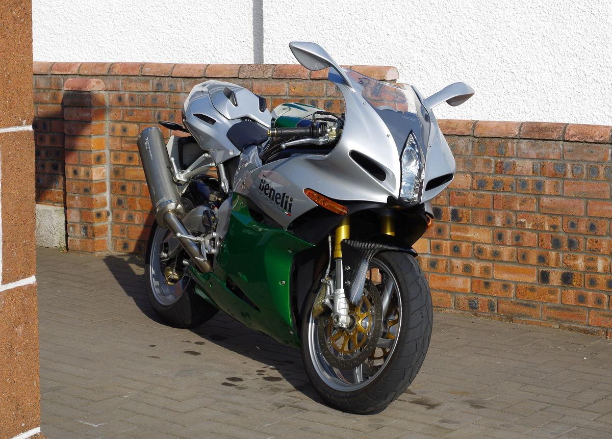 2002 Yamaha R1 >> Benelli Tornado Tre - Wikipedia