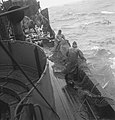 Bijschrift On board a Dutch trawler Aan boord van een Nederlandse vistrawler, Bestanddeelnr 935-3051.jpg